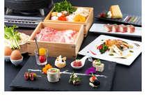 厳選食材・・とちぎ和牛は、全国肉用牛枝肉共励会で最優秀賞・日本一を獲得した、すき焼き会席で頂きます♪