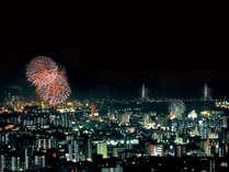 南側の客室から見える夜空を彩る花火(イメージ)