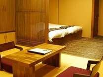 和室とローベットの空間が絶妙なバランス「松の間」