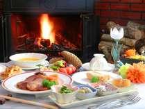 ■~お箸で食べる欧風コース~ できたてにこだわった欧風コース料理を、気軽にお箸でお楽しみください。