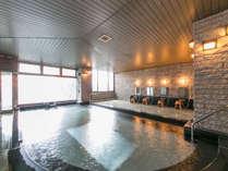 日本三銘泉→広々とした大浴場