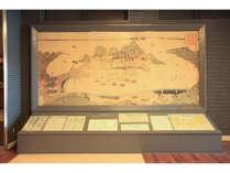昔の函館の様子を描いた絵画がロビーにあり。今と見比べてみてください