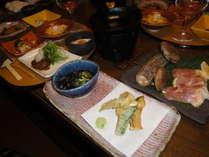 ☆地鶏懐石プラン☆ お部屋でゆっくりお食事を。個性的なお部屋をリーズナブルに泊まって、ごゆるりと♪