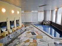 【大浴場】日本三名泉つるつるの湯が楽しめる大浴場
