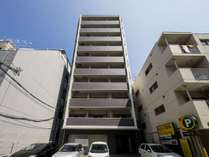 新築のキレイな建物です☆コンビニ徒歩3分で好立地!!
