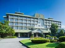 *美しい自然の中に佇む富士ビューホテル