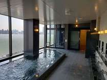 【最上階天然温泉展望スパ】広島市内の夜景を一望できる 露天風呂&内湯&サウナを完備した最上階スパ♪