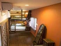 ●女性ドミトリー・キャビンタイプ●カプセル型のベッドで両端は壁。プライベート感たっぷりです。