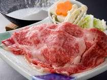 和歌山特産の【熊野牛】お口の中で溶けちゃう!と評判の、お肉の美味しさを味わってください。