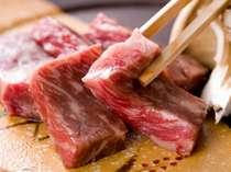 【熊野牛陶板焼き】厚切り肉を噛みしめると肉汁がジュワ~っと!熊野牛の旨みを味わってください♪