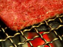 希少な会津牛の炭火焼は肉の甘みと柔らかさが大好評