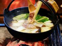 野菜もたっぷり♪会津地鶏鍋★旬の味覚をどうぞ味わってください!
