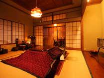 懐かしい昭和風インテリア和室8畳  当時の本物の素材がたくさん残された貴重なお部屋