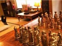 あられの部屋で楽しめる、ちょっとしたゲーム。本格的なチェスまで!
