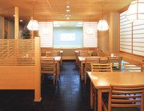 <日本料理 七福>季節限定フェアや、ランチ・ディナーなど各種取り揃えております。