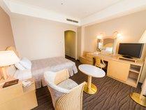 ◆DXシングル(エグゼクティブウイング/22平米)◆140センチのベッド、26インチ液晶TV完備