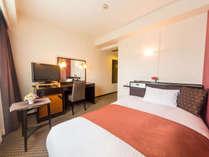 ◆レディースシングル(15.7平米)◆120センチのベッド、パジャマ、ドライヤー等完備