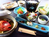 **朝食は和食をご用意致します。朝からしっかり食べて行きましょう♪