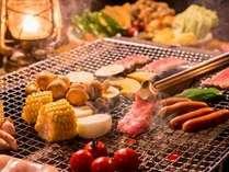 炭火焼きBBQでは、お肉の余分な脂が落ち、旨味が凝縮!!炭火の暖かさもホットします★
