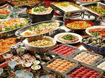 和洋中の多彩な料理を存分にお召し上がり下さい。