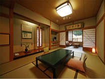 白木館客室一例(犬鳴川に面した客室で広縁がゆったりとした造りです)