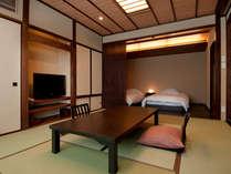 2012年8月誕生!当館で初めてベッド付の展望風呂付モダン和室