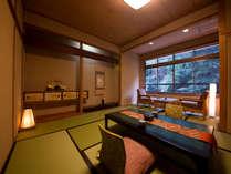 ◆リニューアルOPEN檜の内風呂つき客室◆‐かじか‐客室から眺める犬鳴川と緑溢れる自然の香漂う癒しの空間