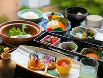 ◆朝食◆地元食材にこだわった当館【自慢の朝食】で一日をすこやかに始める