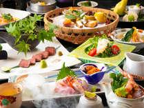 """◆山海の幸を使った四季折々の会席料理は、料理長の技が光るこだわりの""""真髄""""―"""
