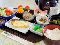 【朝食一例】和定食をラウンジ又はレストランにてご用意いたします