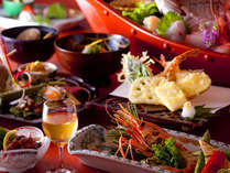 牡丹海老、ウニ、桜鯛が彩る加賀懐石をしっとり堪能。アツアツ天婦羅はお好きなだけ。