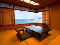 8畳の和室を兼ね備えた和洋特別室