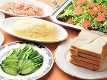 朝食バイキング=お好みでつくれるサンドイッチ 朝食メニューでは珍しい逸品です