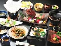 えび料理2品、あわび、ステーキを用いた会席コース