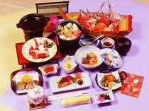 【夕食】贅沢な食材をふんだんに盛り込んだ和食会席