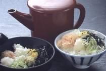 カニの身そぼろの出汁掛け茶漬け名物『かにぼんぼり』朝食でどうぞ!