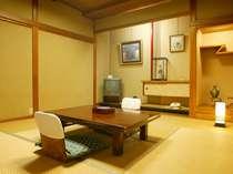 本館の客室(和室、本間6~26帖・バス・トイレ無し・縁側付き)