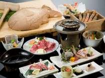お料理の一例。「地魚かまくら」は4名様までに1枚付き。季節により素材、器が替わる場合がございます。