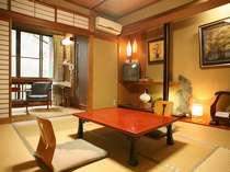 別館「華山」の客室です。こちらの館は全室ウォシュレットトイレ付きとなります。