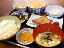 人気の本館和食(メニューサンプル)