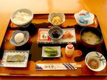 【朝食付き】チェックイン22時までOK!朝はご飯がススム和朝食を♪