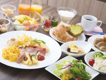 【朝食】90品目以上のこだわり朝食は、健康と美容を意識し地元食材を贅沢に使用した和洋食バイキング★