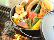 【夏・BBQ】ダッチオーブンのお料理もお洒落にどうぞ。