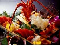 【お造り盛一例】新鮮ぷりっぷりの旨味が口の中でたまらんです!