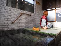 湯治に特化したお風呂 畳で由布岳を見てご休憩下さい