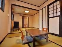 【らんの間】二間続きで広々と寛げる和室(5畳+8畳)