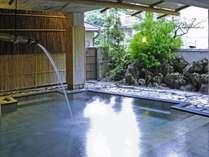 源乃湯 源泉から自然流下で約10メートルほどの引湯。新鮮です。宿クーポン発行中。