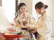【朝食ビュッフェ】人気のよくばり丼