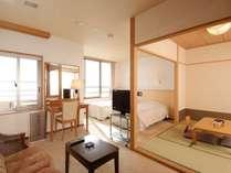 【海側露天風呂付客室和洋室】 数は少ないですが、和洋室も