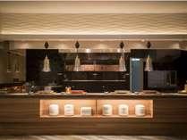 【ビュッフェ会場】 石釜グリルはお肉派も納得の野菜の美味しさです